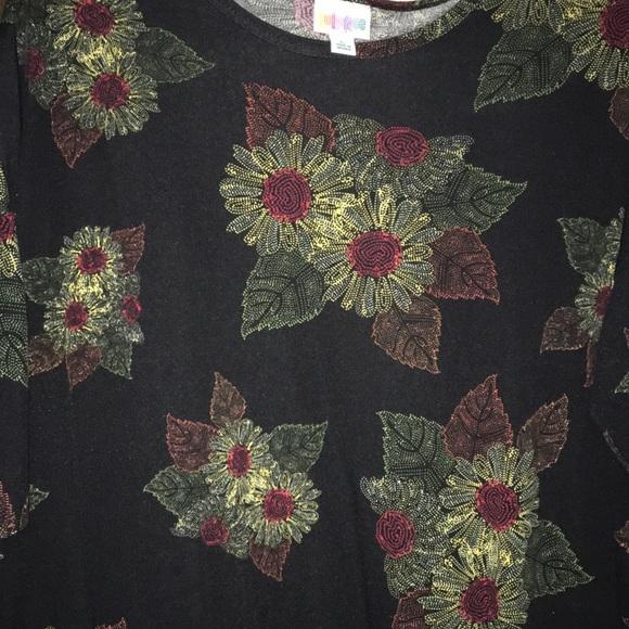 LuLaRoe Dresses & Skirts - LulaRoe Sunflower 🌻 Dress